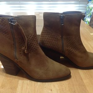 LUCKY BRAND Ladies Ramses Ankle Boots (Size 10)